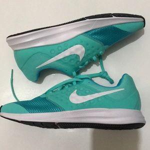 Nike free runs Turquoise